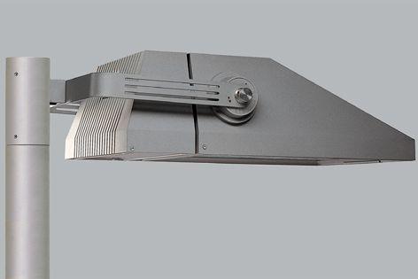 We-EFs FLA780 asymmetric floodlight offers high efficiency and precision optics.