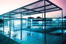 Lightweight Makrolon glazing