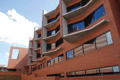 Building EB, University of Western Sydney, is featured in Borals Projects in View 19.