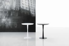 Flute table from Poliform