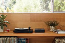 Amp: A powerful home audio hub by Sonos