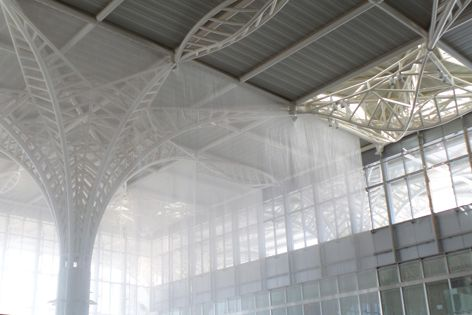 Kaynemaile Interior Tension Screens in Water Clear Gloss were used at Prince Mohammad bin Abdulaziz International Airport. Architect: Maurice Rosario of GMW London. Construction: JML (UAE) LLC and Kaynemaile installation supervisor on site.