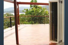 Winfold bi-folding door