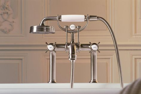 The fittings in the Montreux collection are offered in chrome or brushed nickel.