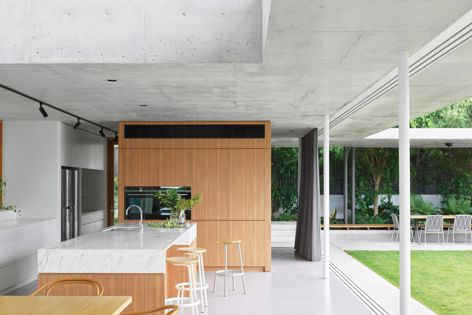 Scotia House by Myers Ellyett, shortlisted in the House Alteration and Addition over 200 m² category. Photography: Toby Scott.