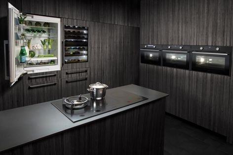 Combining induction and gas cooking, the Duo Fusion II offers a flexible cooktop solution for contemporary kitchens.