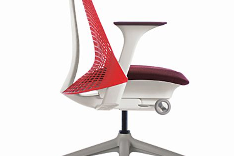 The SAYL task chair received a Good Design Award and Best in Category award.