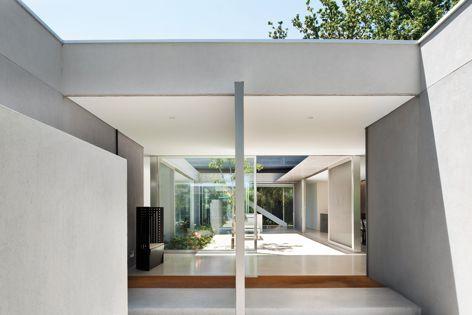 Residential Design Award winner Courtyard House by Carr Design Group.