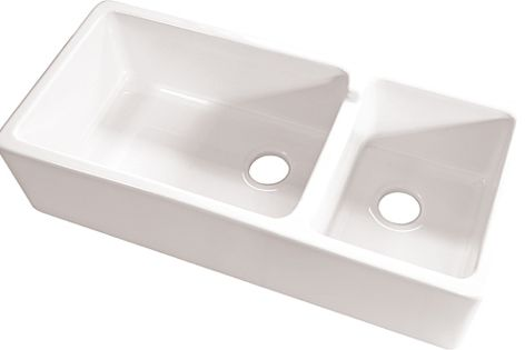 Acquello's fireclay sink strikes a perfect balance between durability and aesthetic appeal.