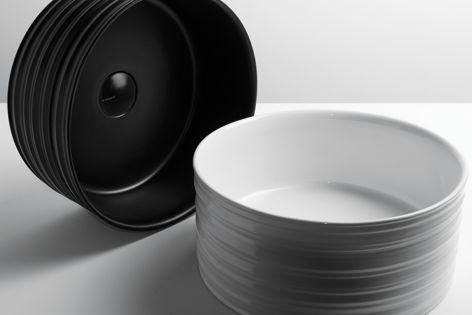 Trace basins, designed by Gianni Veneziano and Luciana Di Virgilio from V+T studio.