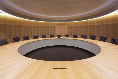 Commonwealth Parliament Offices, Sydney. Fitout design: Architectus.